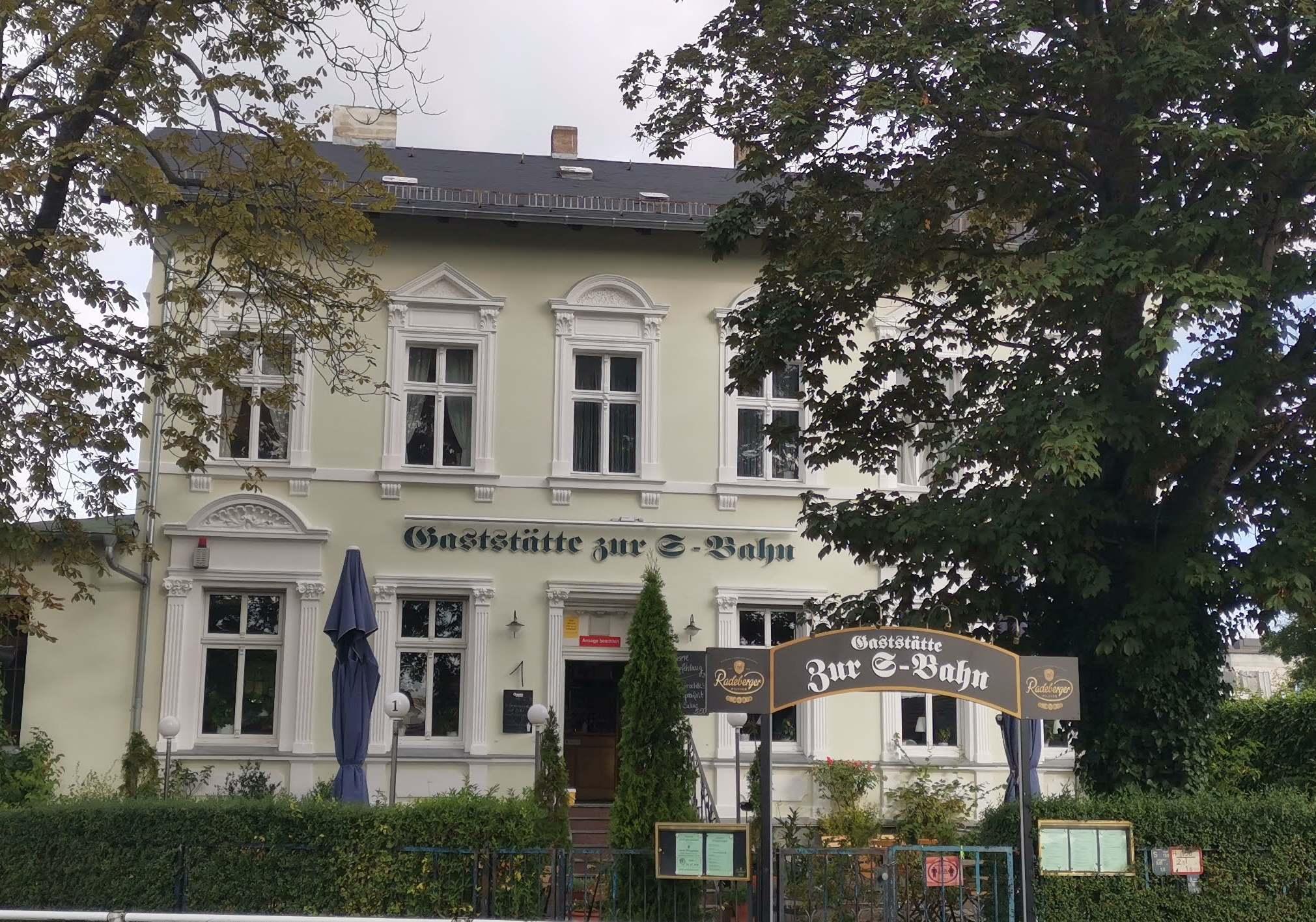 """""""Zur S-Bahn"""" Kaulsdorf"""